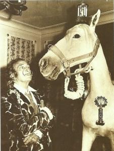 Dalí y su caballo